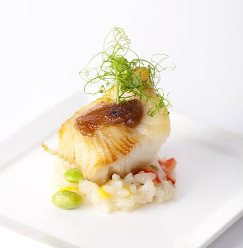 Veuve Clicquot - 鱈の切り身のゴマ添え