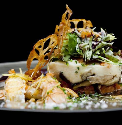 Veuve Clicquot - Code di gamberi costieri con castagne e finferli